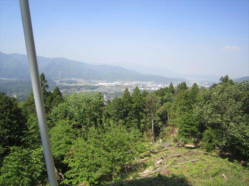 小早川秀秋陣地跡から、石田三成の陣地を望む