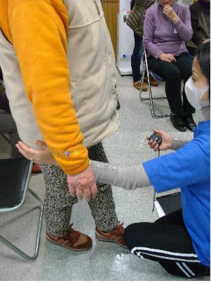 東京と 足立区 老人保健施設(入所・短期入所・通所リハビリ) 千寿の郷 ゆったり体操教室