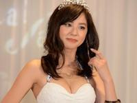2015年三愛水着イメージガールは21歳のモデル・朝比奈彩に決定