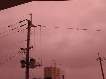 薄桃色の空
