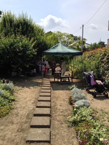 お庭カフェ1