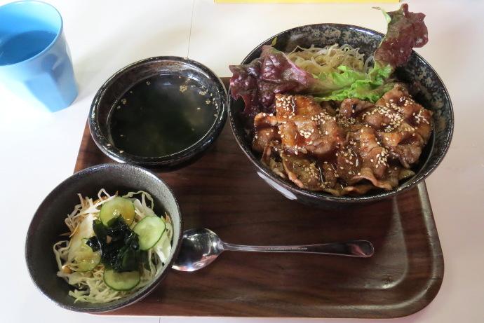 カルビ丼8