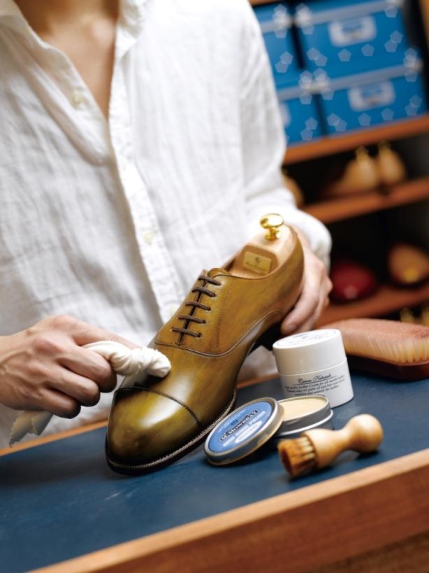 靴磨き シューケア 靴お手入れ方法 M.モゥブレィ