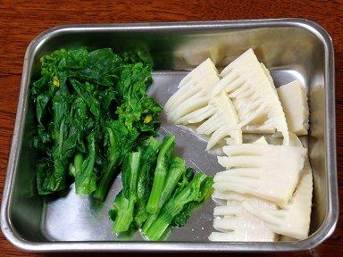 タケノコと菜の花は水気を切っておきますdownsize