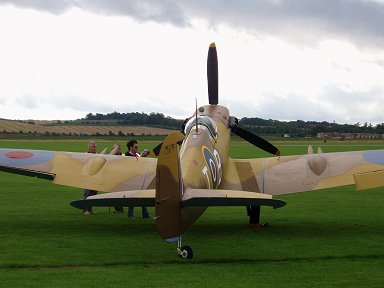 ちょっと振った尾翼がチャーミングなマルタ島249中隊Spitfire Vc Trop JG891 downsize