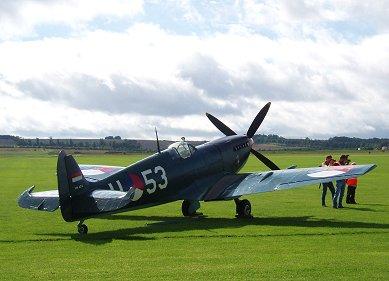 オランダ空軍SpitIXc深緑塗装もいいREVdownsize