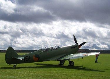 逆光のIreland空軍SpitIX PV202 REVdownsize