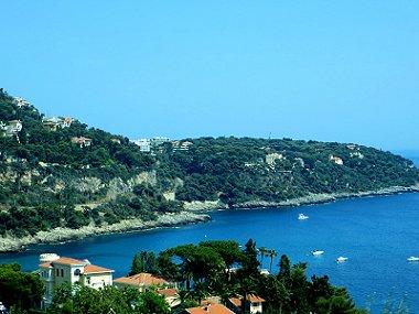 まさに青い海岸コートダジュール紺碧の海と岬downsize