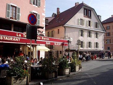 温もりを感じるパステル色のサヴォワ(Savoie)料理レストランdownsize P1010358