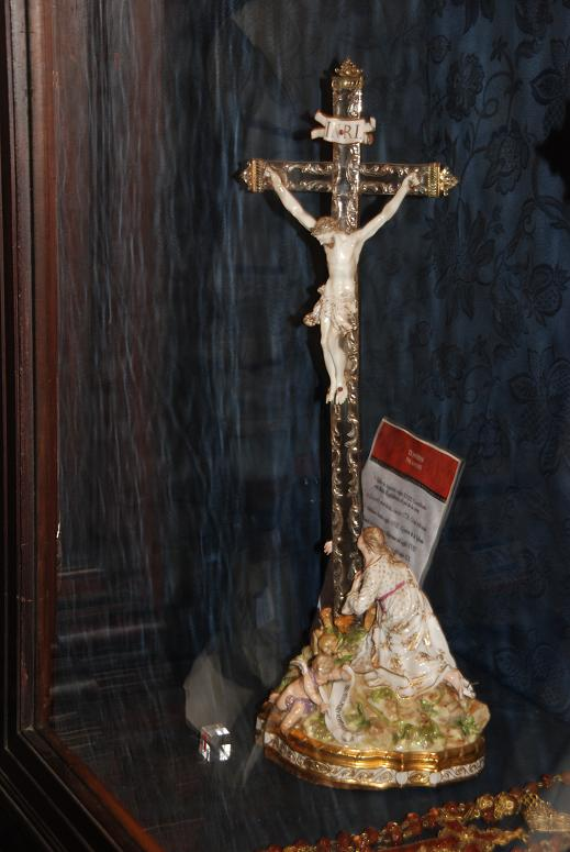 十字架とマリア