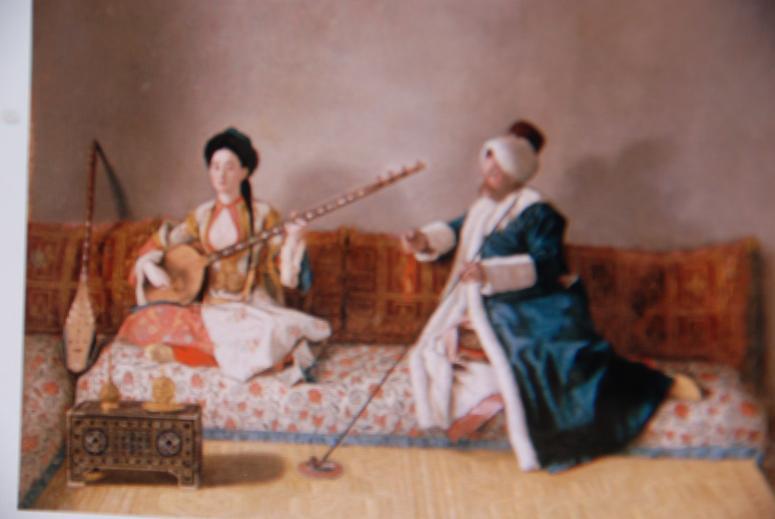 トルコ風の衣装を着た2人