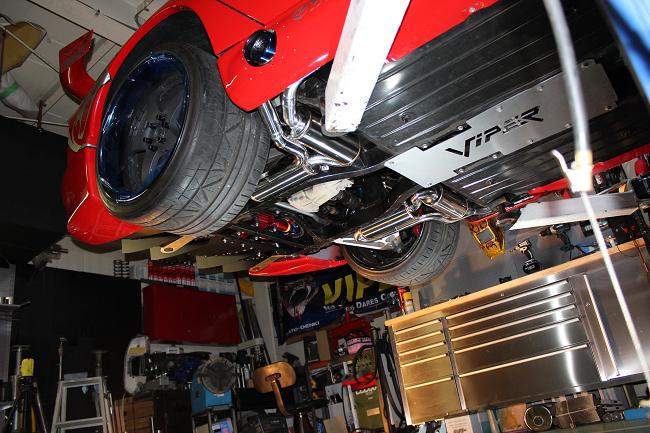 ダッジ(Dodge )バイパー(VIPER)可変バルブ式ワンオフマフラー