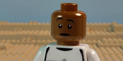 仕事が早い!レゴを使った「スターウォーズ エピソード7」の予告編