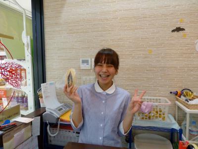 08_パン屋の可愛い女子