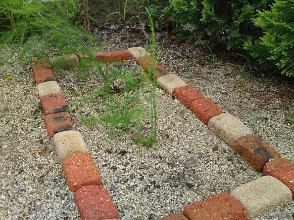 かんたん手作り花壇