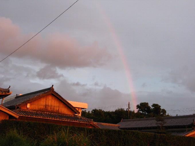 2011-9夕焼け空に虹