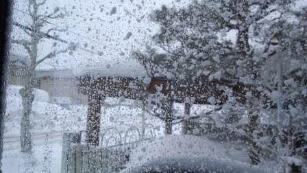 荒れ狂う天気