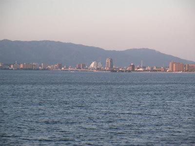 松江の街(宍道湖より)