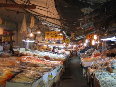 中部市場4