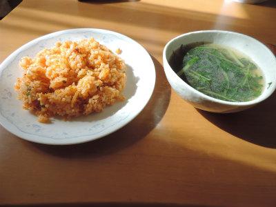 キムチ炒飯と水菜のスープ