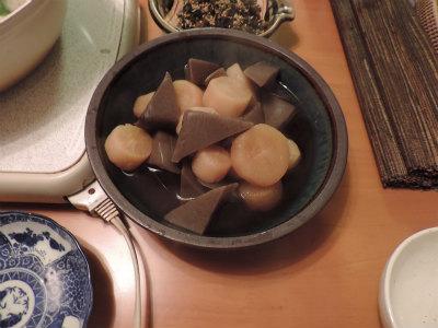 大根とコンニャクの煮物