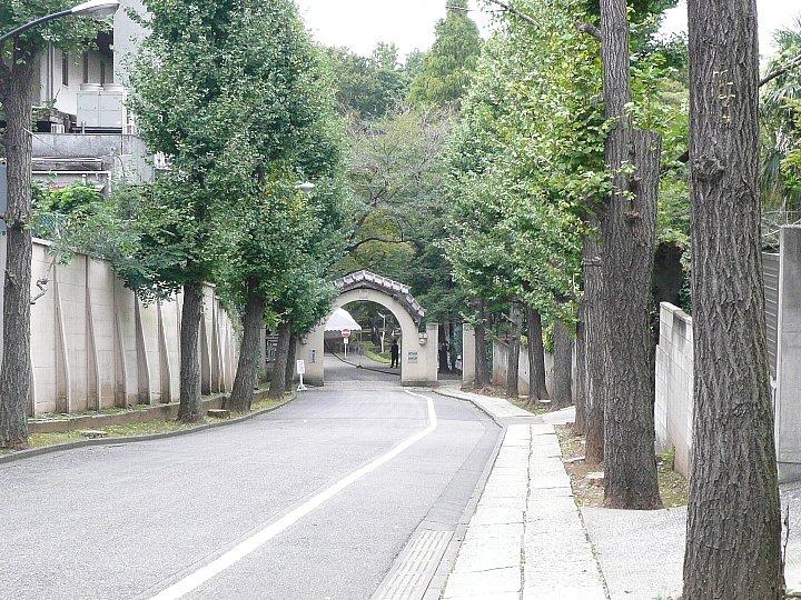 聖心女子学院の正門2