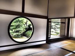 高桐院の丸窓