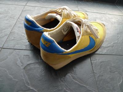 kicks_000_001.jpg