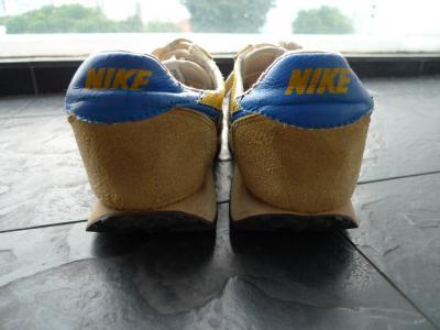 kicks_000_003.jpg