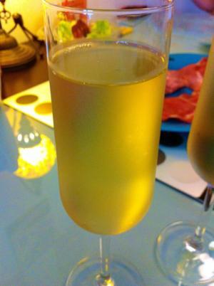 wine_001p003.jpg