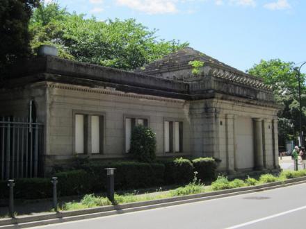 旧京成博物館動物園駅③