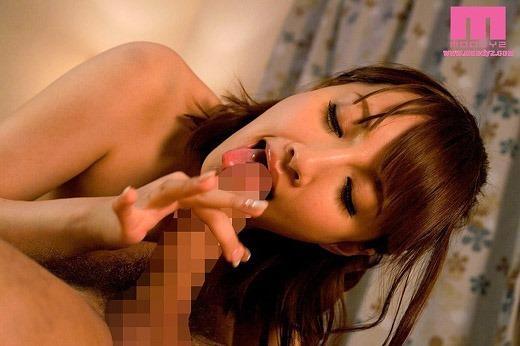 青山ローラ画像 85