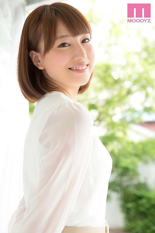 初川みなみ お嬢様すぎる現役女子大生AVデビュー