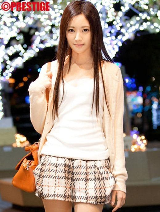 桃谷エリカ画像 03