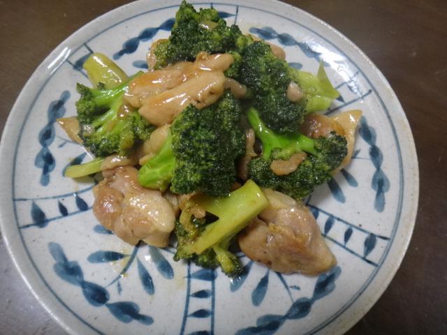 鶏肉とブロッコリーのオイスター炒め