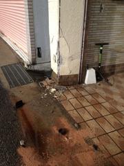 店の事故 001
