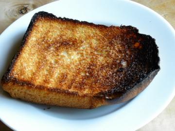 焦げたトースト