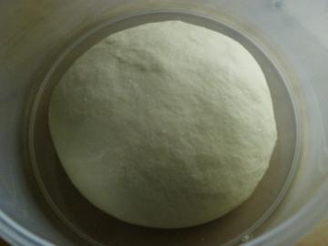 ホシノ酵母のパン生地