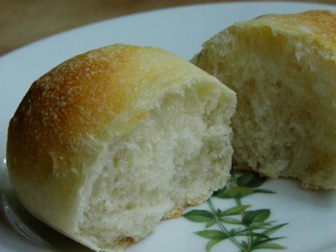 白パン 断面