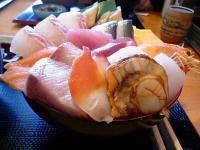 メガ海鮮丼