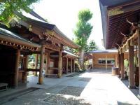神門と拝殿