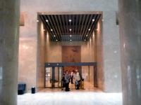 小ホール入口
