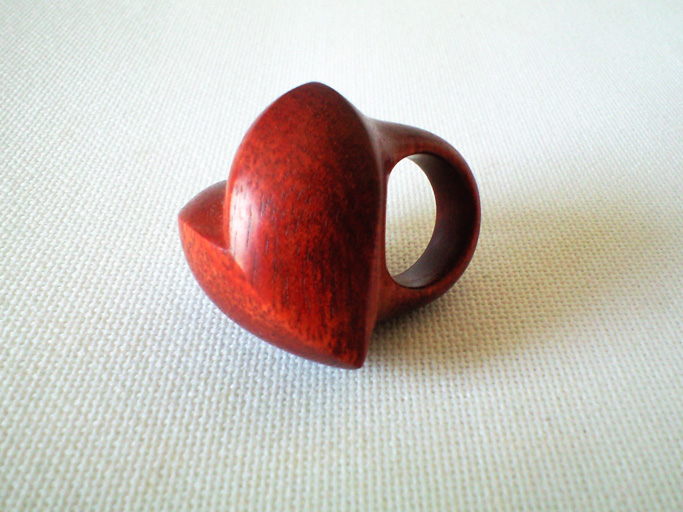 satine heartring