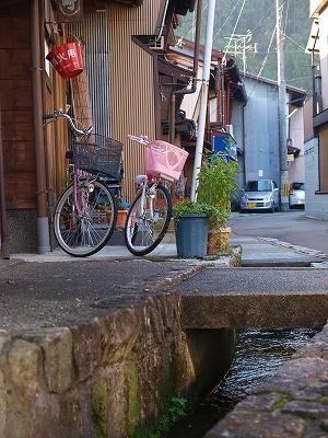 自転車と水路
