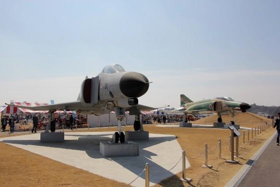 航空広場での戦闘機展示