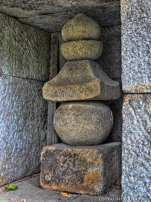 文永寺五輪塔及び石室