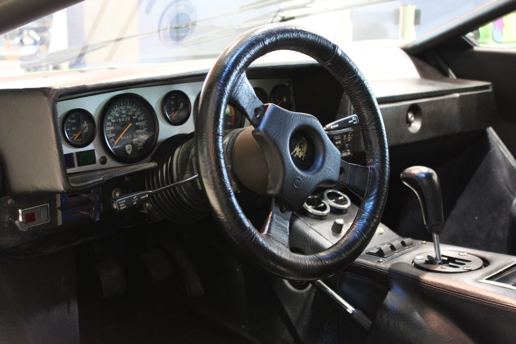 23_Lamborghini Countach LP400S (4)