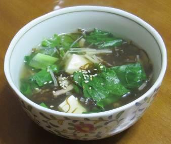 レタス入りスープ