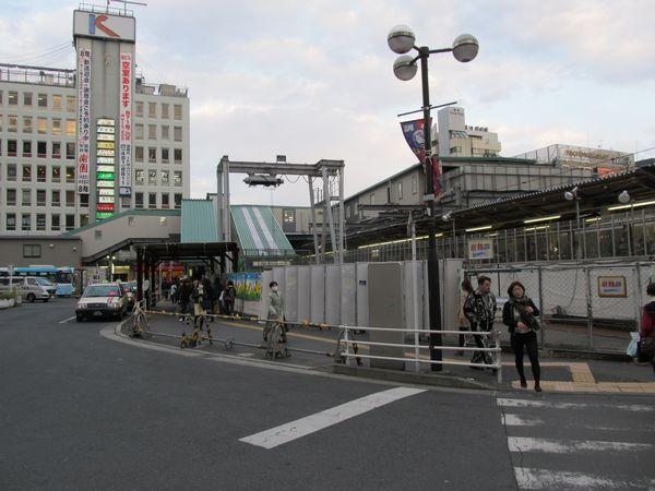 京王線調布駅