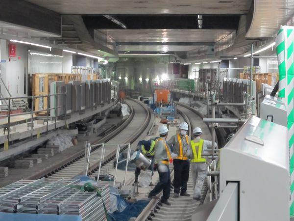 ついにベールを脱いだ渋谷駅終端の東横線へ向かうトンネル
